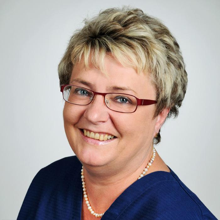 Hautarzt-Praxis Dermatologie im Zentrum von Wiesbaden - Mitarbeiter: Frau Bach