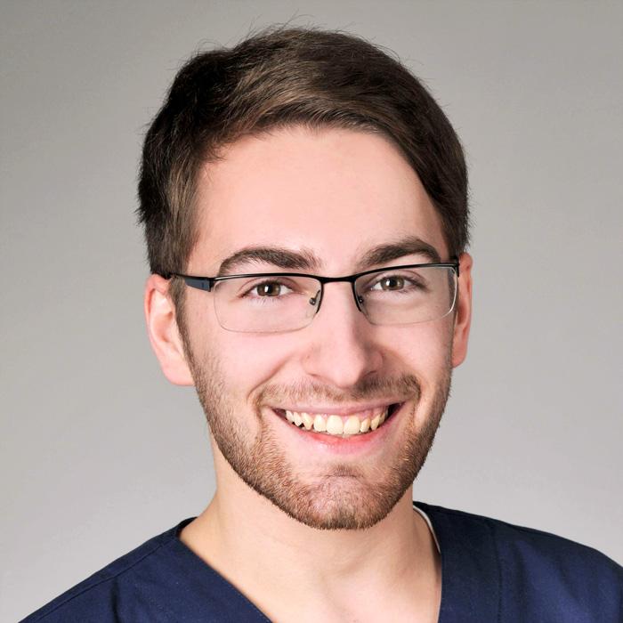 Hautarzt-Praxis Dermatologie im Zentrum von Wiesbaden - Mitarbeiter: Herr Elter