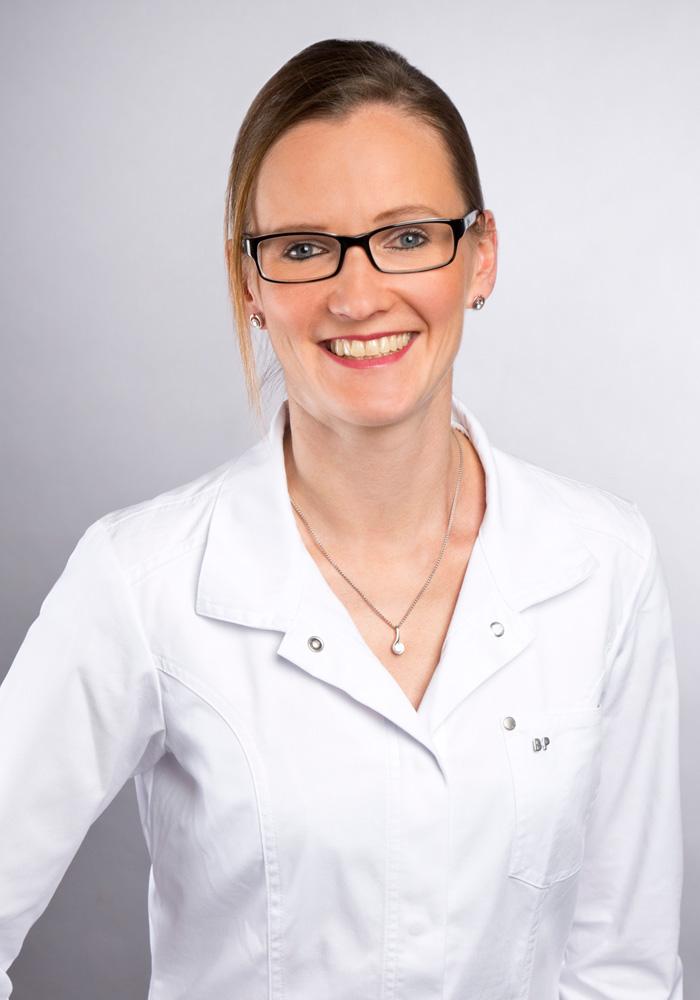 Dr. med. Nicola Möller - Facharzt für Haut- und Geschlechtskrankheiten in Wiesbaden