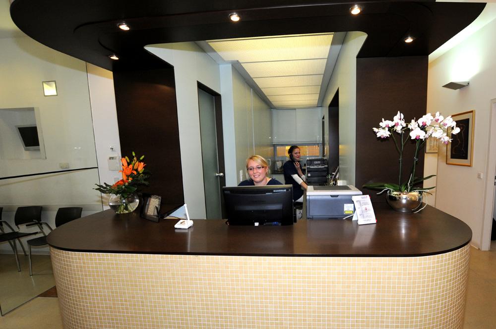 Hautarztpraxis Dermatologie im Zentrum Wiesbaden: Anmeldung